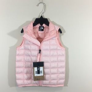 Girls North Fave Vest. Size 18-24 mo